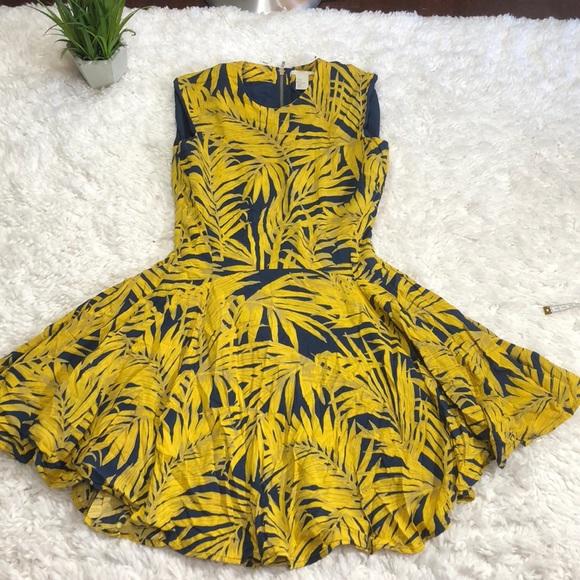 b6cb1f2a4220 H M Dresses   Skirts - H M tropical print fit   flare dress
